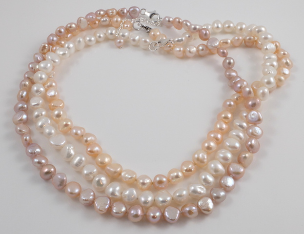 3 colour baroque pearl necklaces texture