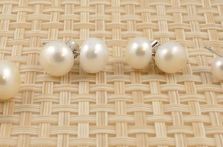 Assorted White Freshwate Pearl & Sterling Sivler Studs 4mm-10.5mm