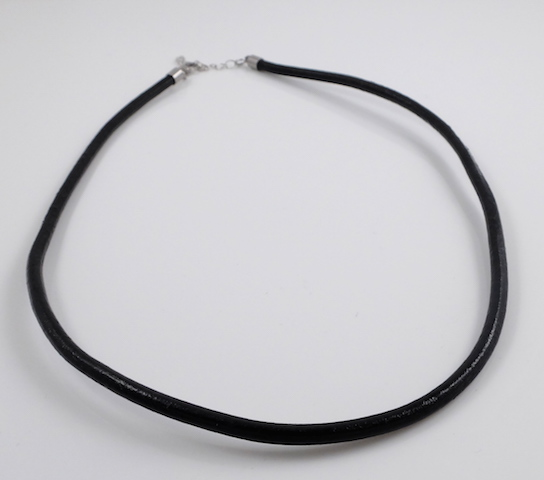 Black round leather cord necklace 18.5''