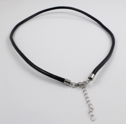 Black round leather cord necklace clasp