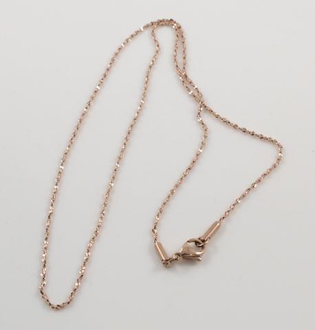 Diamon-cut curb chain clasp
