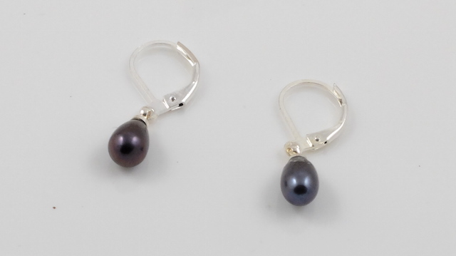 Peacock Purple Pearl Earrrings