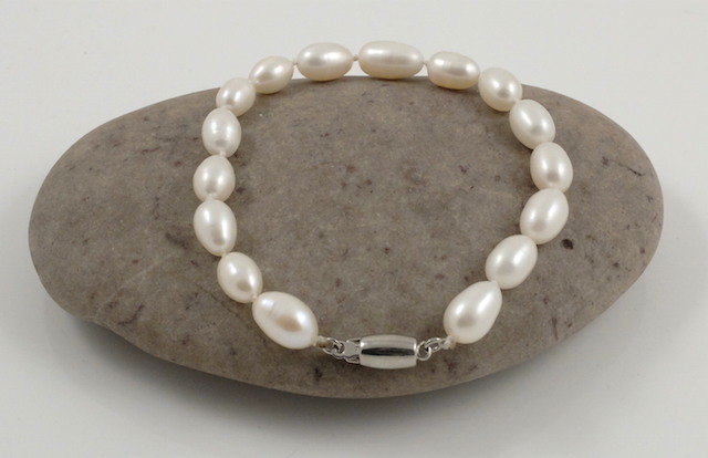 Single Rice Pearl Bracelet Sterling silver clasp