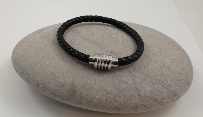 single leather bracelet-1