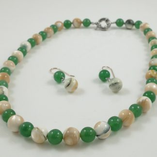 Jade & Shell necklace earrings set