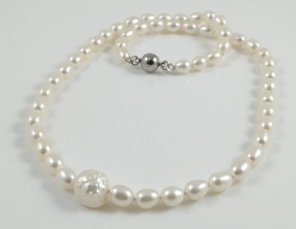 White Hedgehog Pearl & Rice Pearl Necklace
